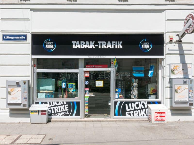 烟草零售商在维也纳,奥地利 库存图片