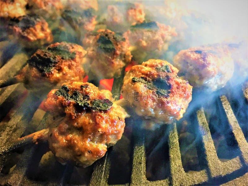 烤猪肉丸子 库存图片