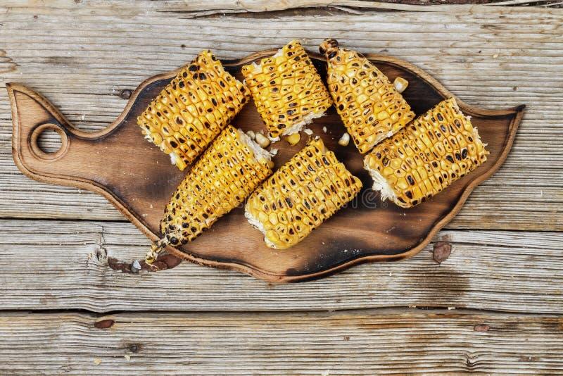 烤玉米棒子,玉米烤肉,美国食物 免版税库存照片