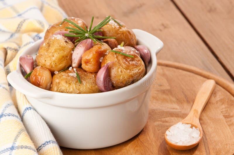 烤的土豆 库存照片