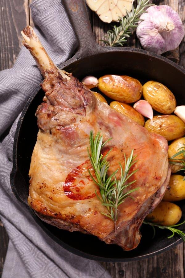 烤的羊羔行程 免版税库存图片