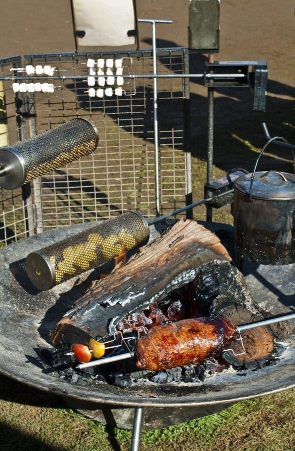 烤肉土气肉的烘烤 免版税库存图片