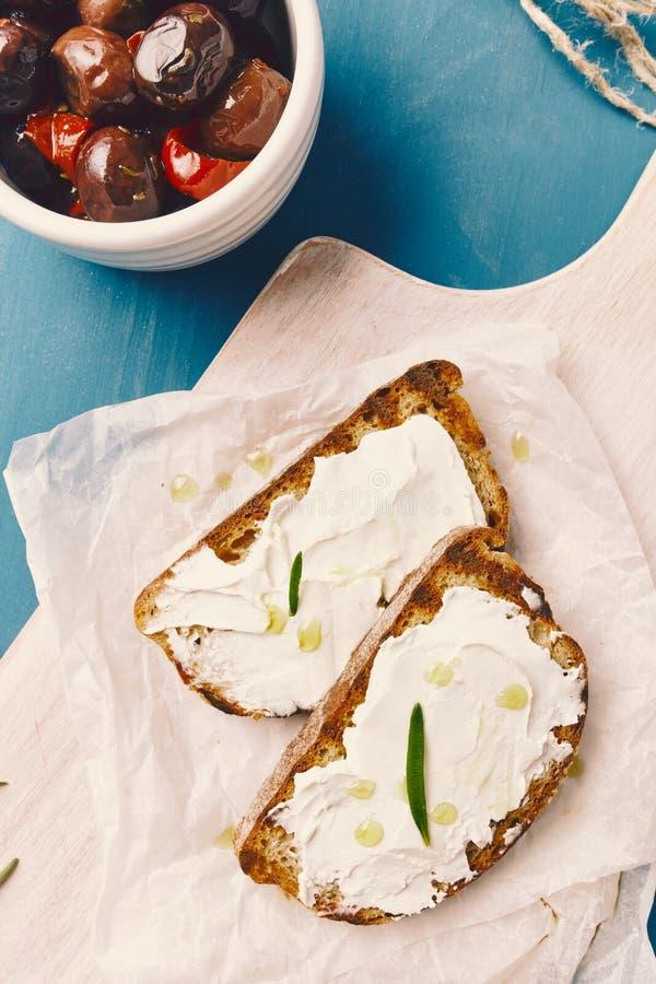 烤面包用可涂的乳酪 免版税图库摄影