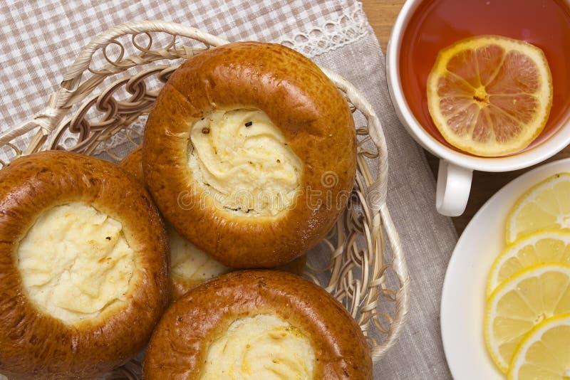 Download 烤饼用凝乳 库存照片. 图片 包括有 货物, 葡萄干, 点心, 果子, 有阳台, 烤饼, 食物, 柠檬, 烹调 - 59110122