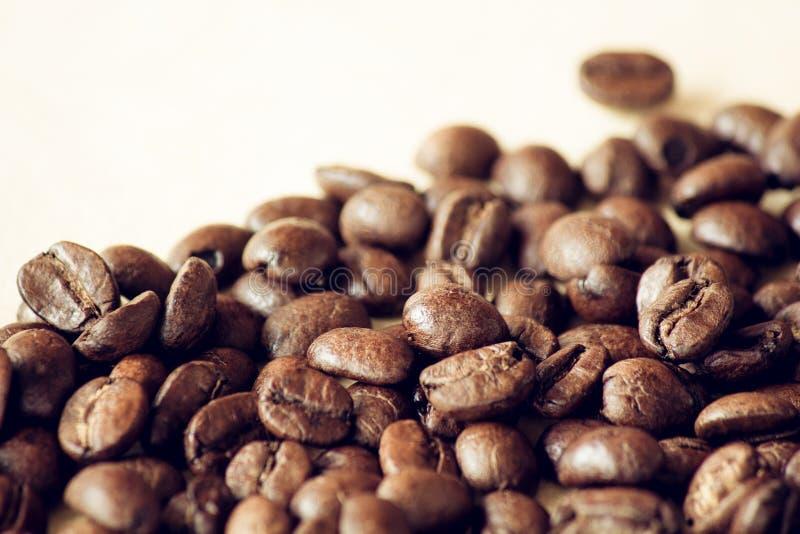烤黑咖啡豆特写镜头  库存图片