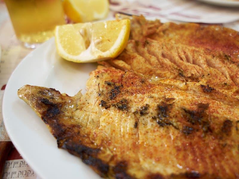 烤BBQ鳟鱼鱼 图库摄影
