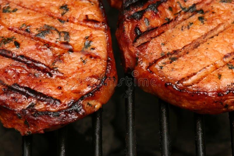 烧得发嘶声的肉 免版税库存图片