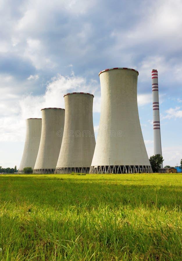 烧煤能源厂 库存照片