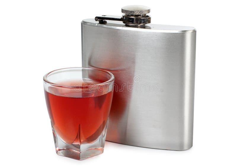 烧瓶和威士忌酒 免版税库存照片