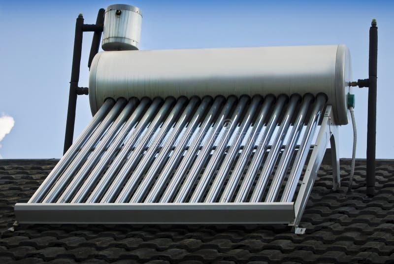 热交换-太阳能加热器 免版税库存图片