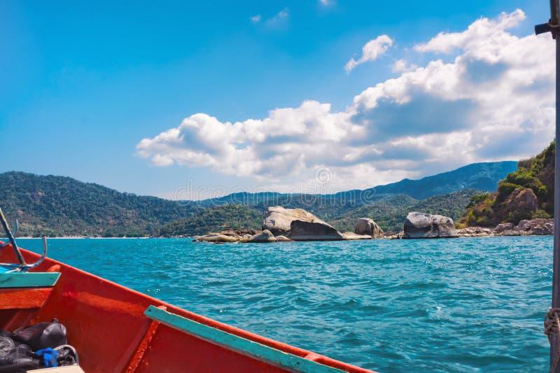 热带海岛岸在泰国湾 免版税库存照片