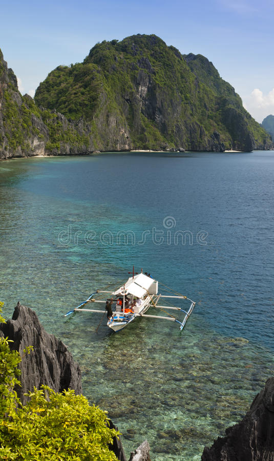 热带海岛横向, El Nido, Palawan 免版税库存图片