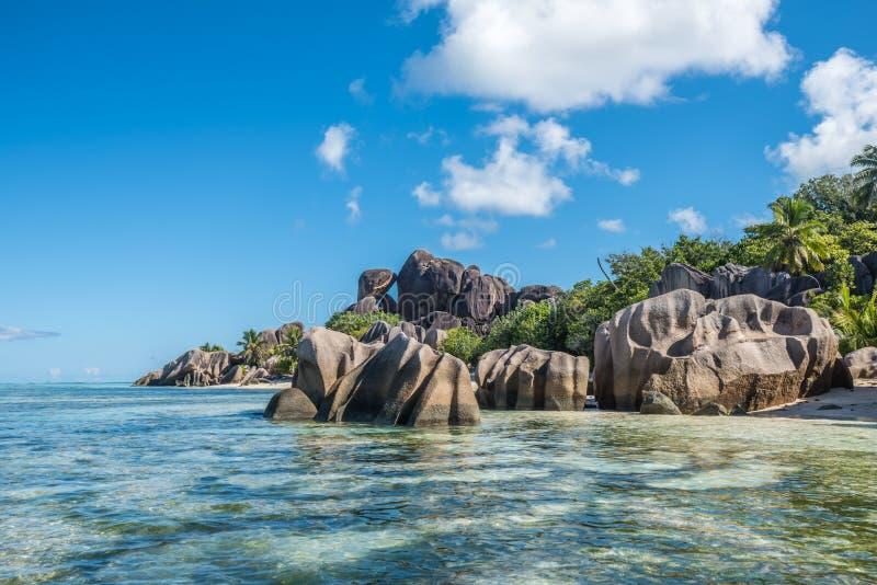 热带海岛海滩, d'argent的来源,拉迪格岛,塞舌尔群岛 免版税图库摄影