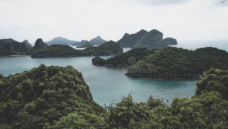 热带海岛美丽的群岛在泰国湾在曼谷南部 免版税库存图片