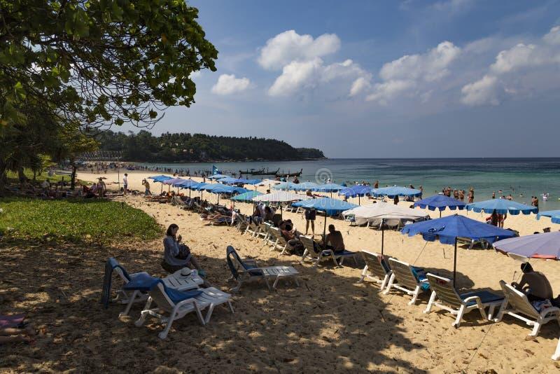 热带海滩Karon 海岛普吉岛 泰国 免版税库存照片