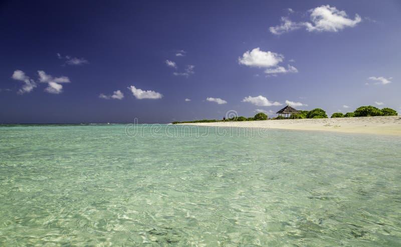 热带海滩美好的全景在马尔代夫 库存图片