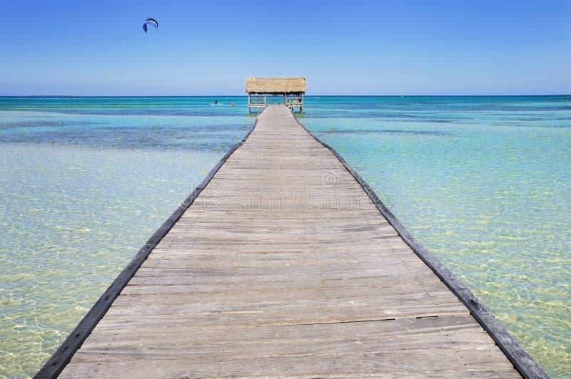 热带的海滩胜地 图库摄影