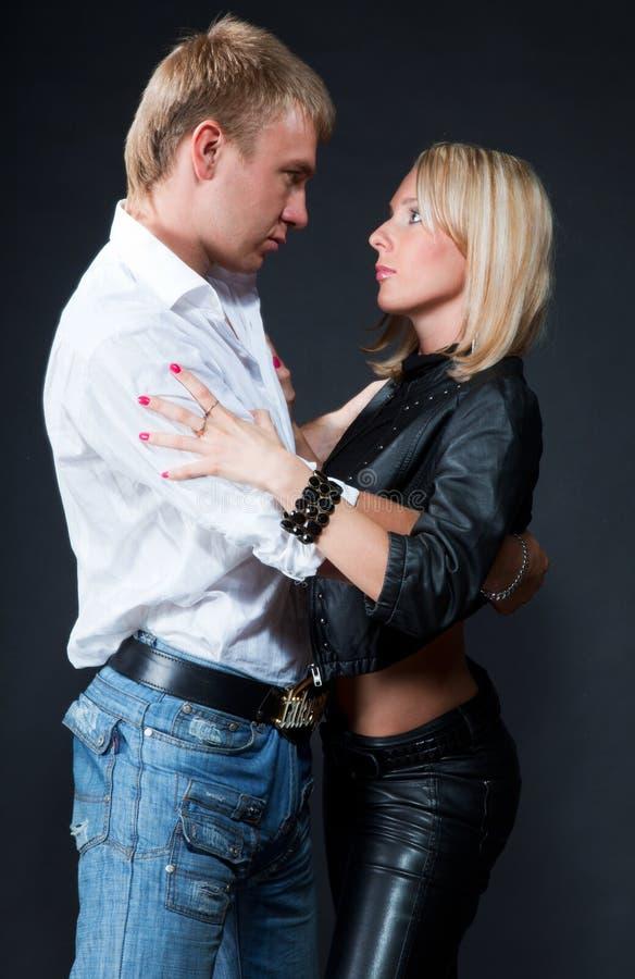 热情的夫妇 免版税库存照片