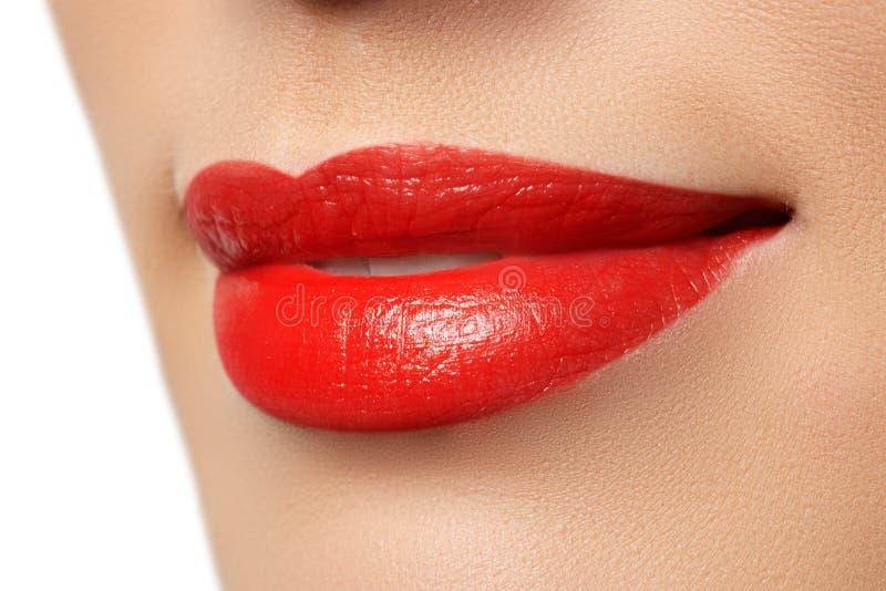 热情的红色嘴唇,宏观摄影 库存照片