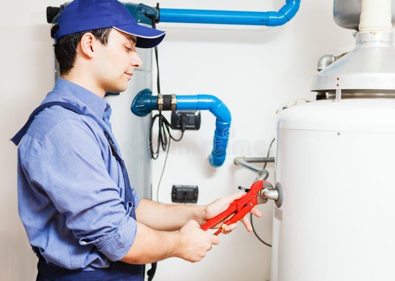 热水加热器服务 免版税库存图片