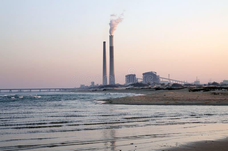 热电厂在亚实基伦,以色列 免版税库存照片