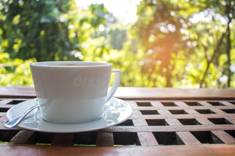 热的拿铁咖啡 免版税库存图片