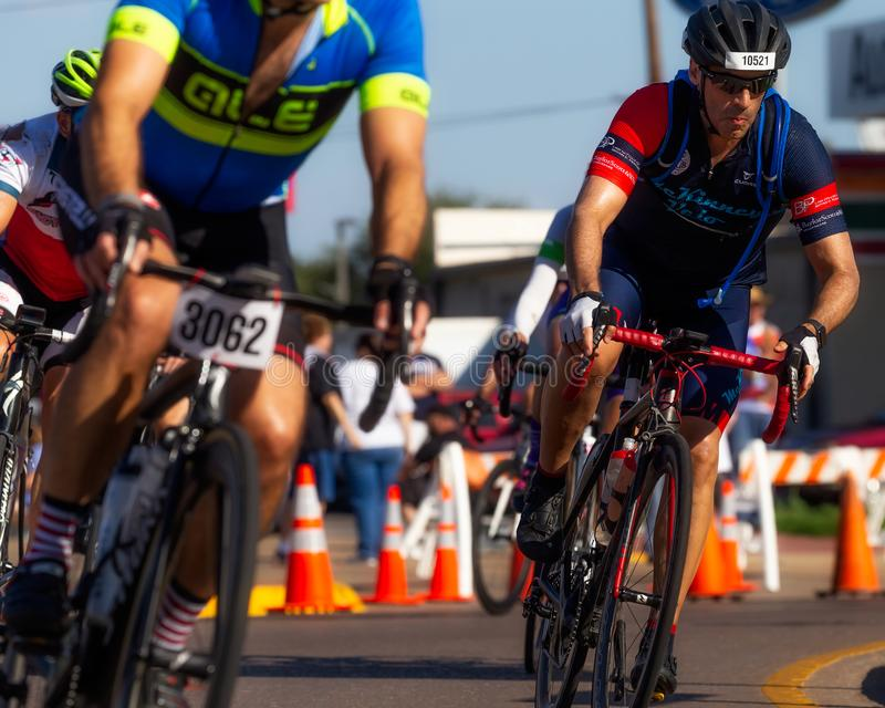 热的骑自行车者比地狱游览在得克萨斯 图库摄影