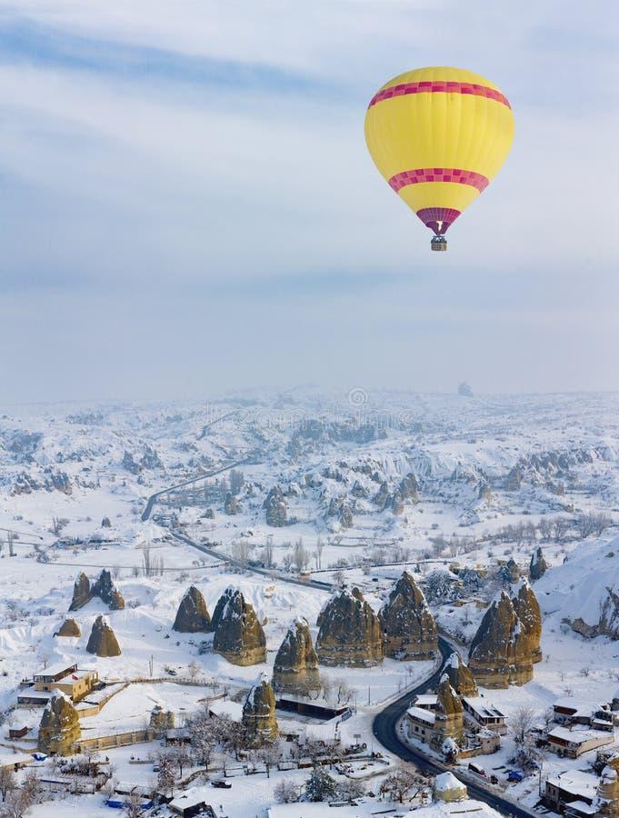热空气气球和卡帕多细亚 免版税图库摄影