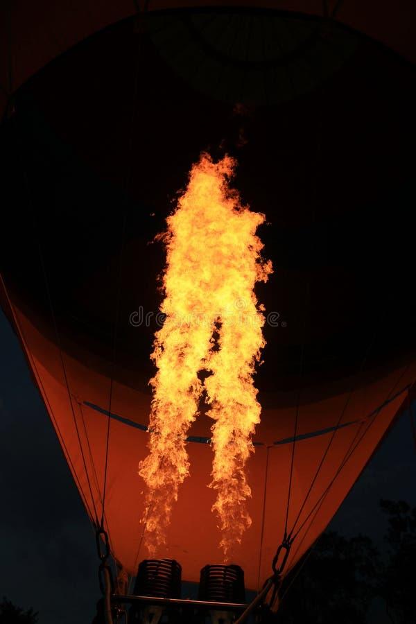 热空气气球燃烧器火焰发光 库存图片