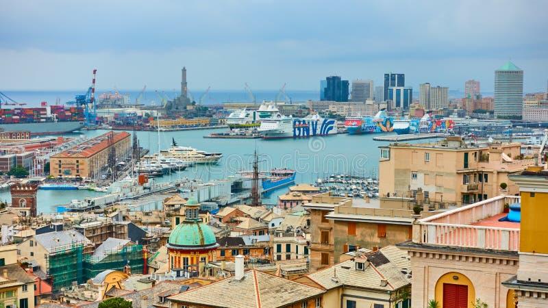 热那亚口岸的全景 库存图片