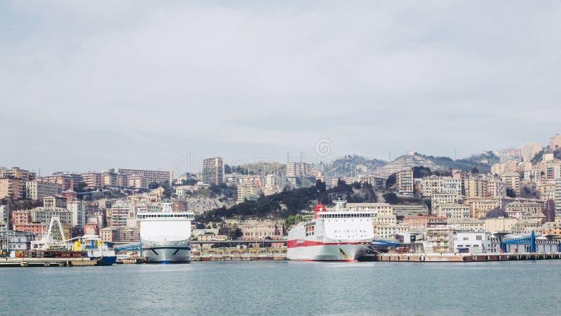 热那亚意大利看法从海的 库存照片