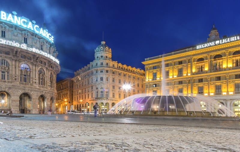 热那亚,利古里亚地区,意大利,欧洲- 2018年6月12日:费拉里广场是大广场在热那亚 观点的Piazza de Ferr 免版税库存图片