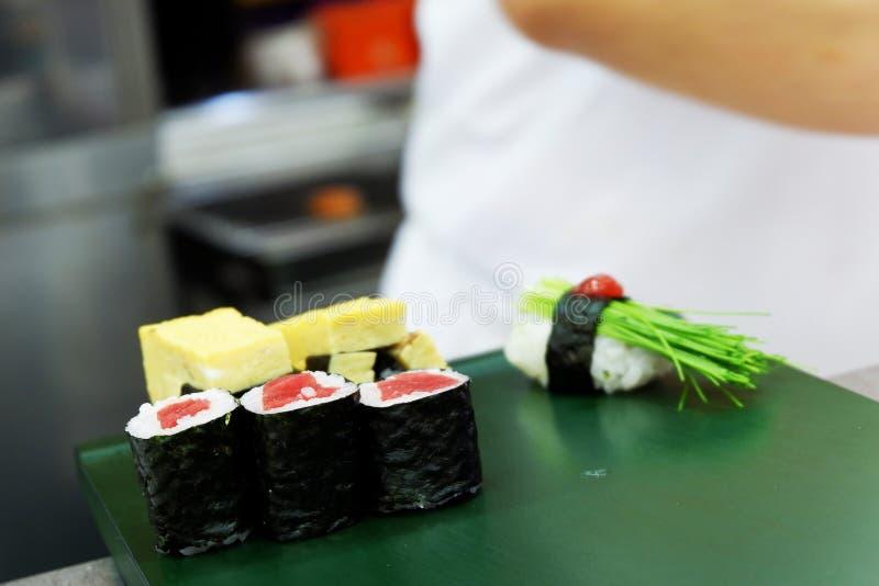 烹调日本料理的生鱼片新鲜的金枪鱼 库存照片