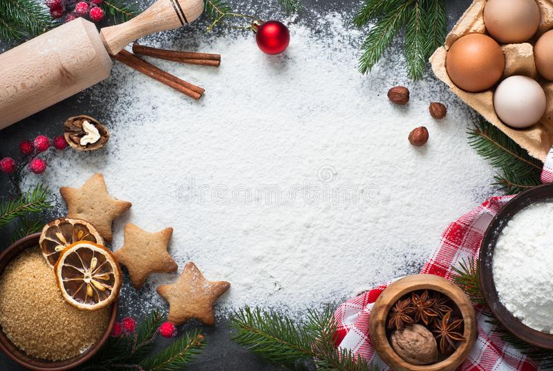 烹调的圣诞节烘烤成份 免版税库存照片