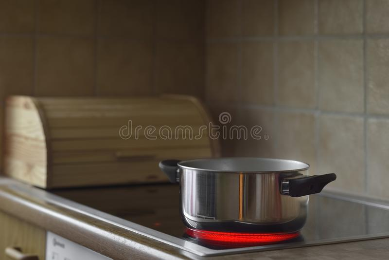 烹调罐火炉 免版税库存照片