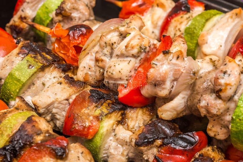 烹调Shishkabob的烤肉 图库摄影