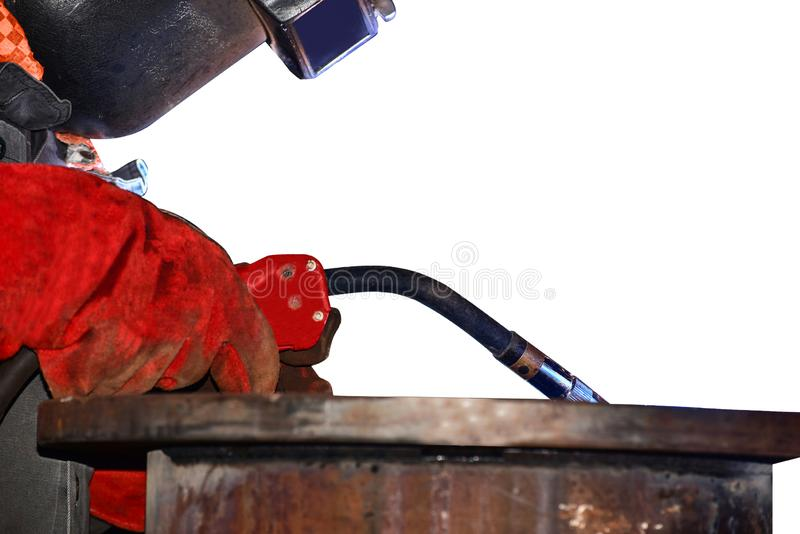 焊接在工厂的产业工人 免版税库存照片