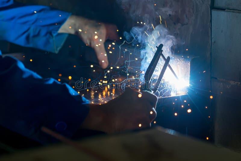 焊接的过程 免版税图库摄影