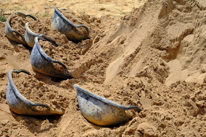 煤斗沙子 免版税图库摄影