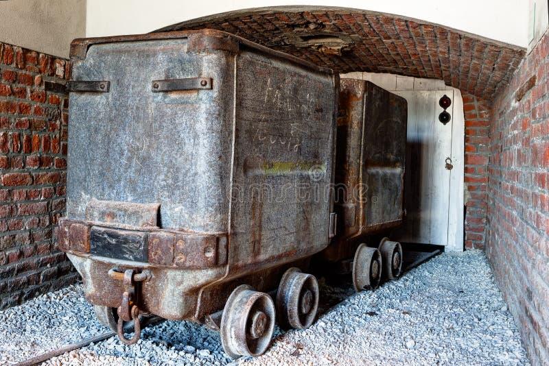 煤矿业的推车,无盖货车,Marcinelle,沙勒罗瓦,比利时 免版税图库摄影