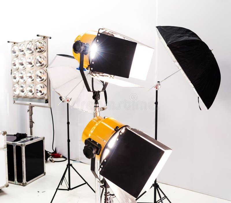 照明设备equipment.conference大厅泛光灯, 免版税库存图片