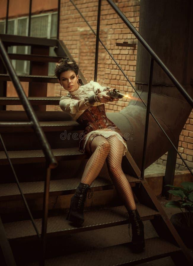 仿照steampunk样式的一个女孩 免版税库存照片