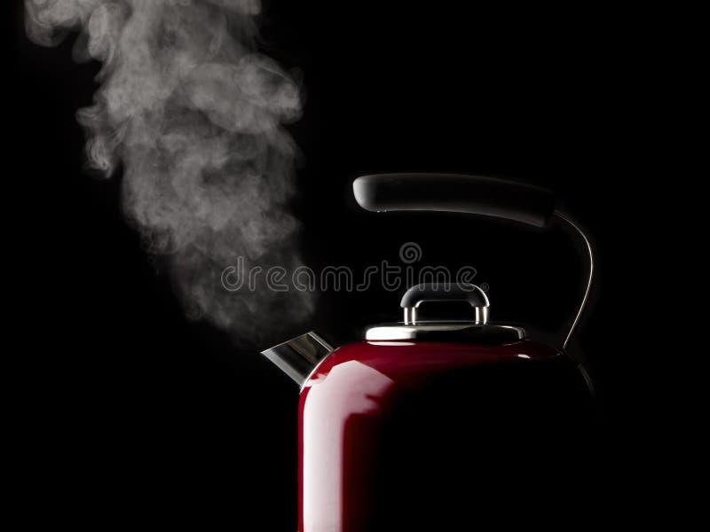 煮沸的水壶水 库存图片