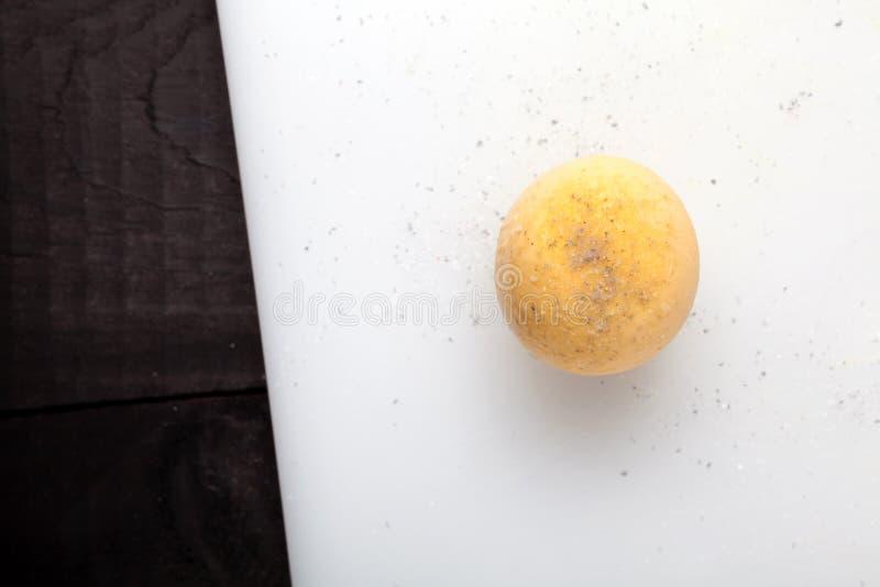 煮沸的蛋卵黄质 库存照片