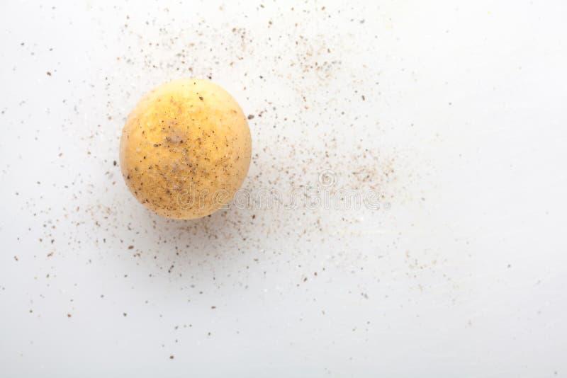 煮沸的蛋卵黄质 库存图片