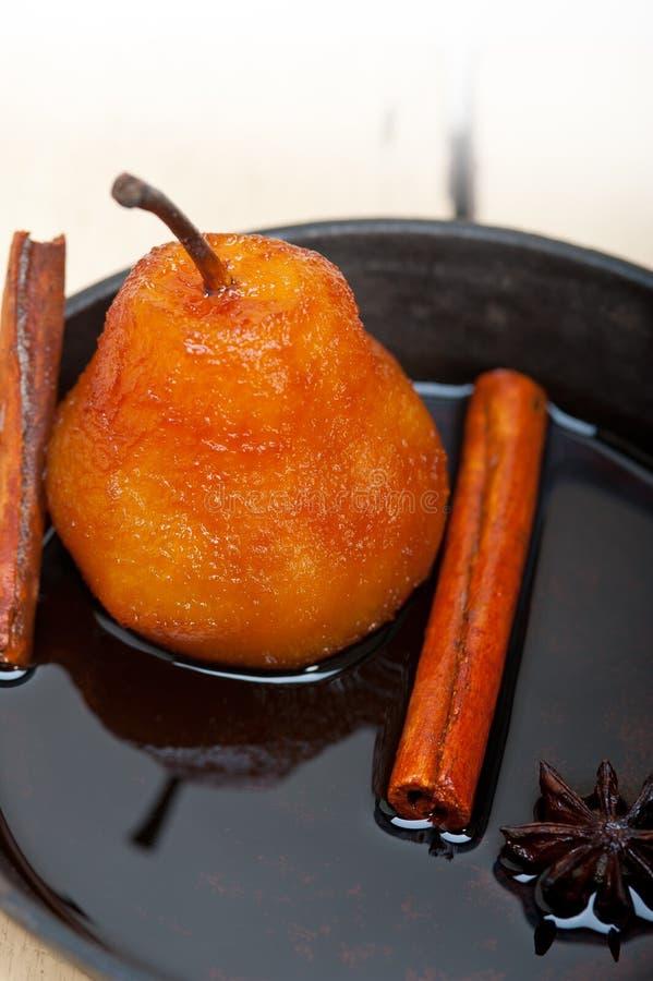 水煮的梨可口家庭做的食谱 免版税库存照片