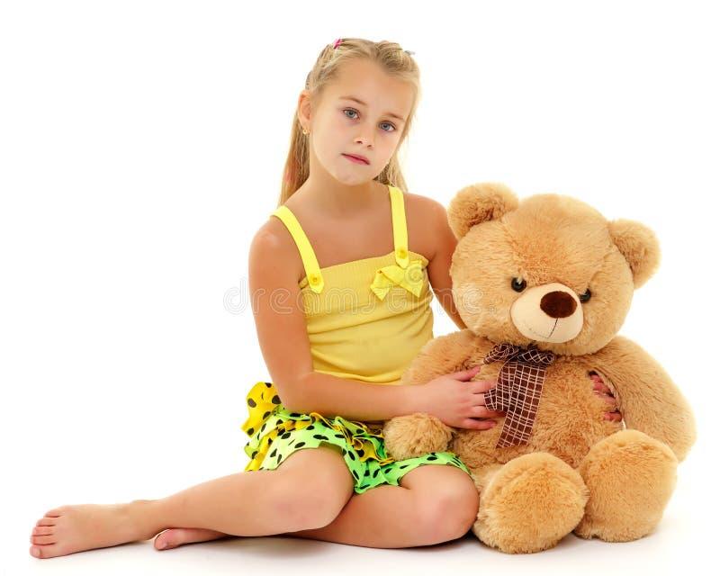熊女孩少许女用连杉衬裤 免版税图库摄影