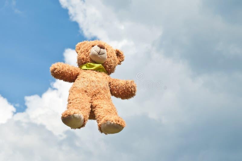 熊飞行 库存照片