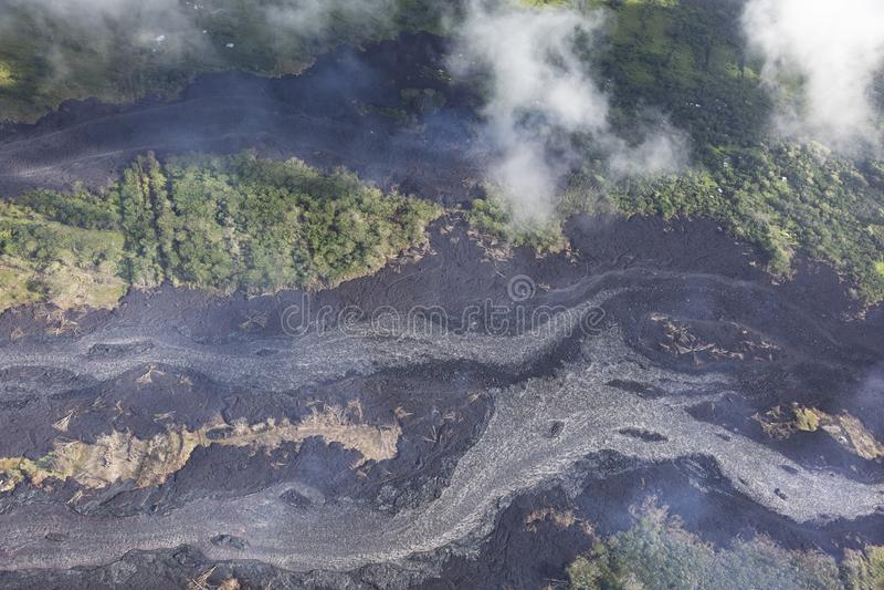 熔岩流鸟瞰图从火山Kilauea的爆发的 图库摄影