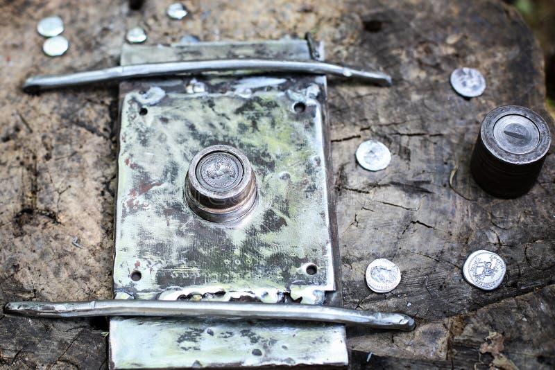 熔铸的罗马硬币-历史薄荷的重建 库存照片